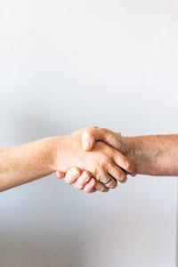 Mood Finance vous conseille et vous accompagne jusqu'à la signature de l'accord de fusion acquisition